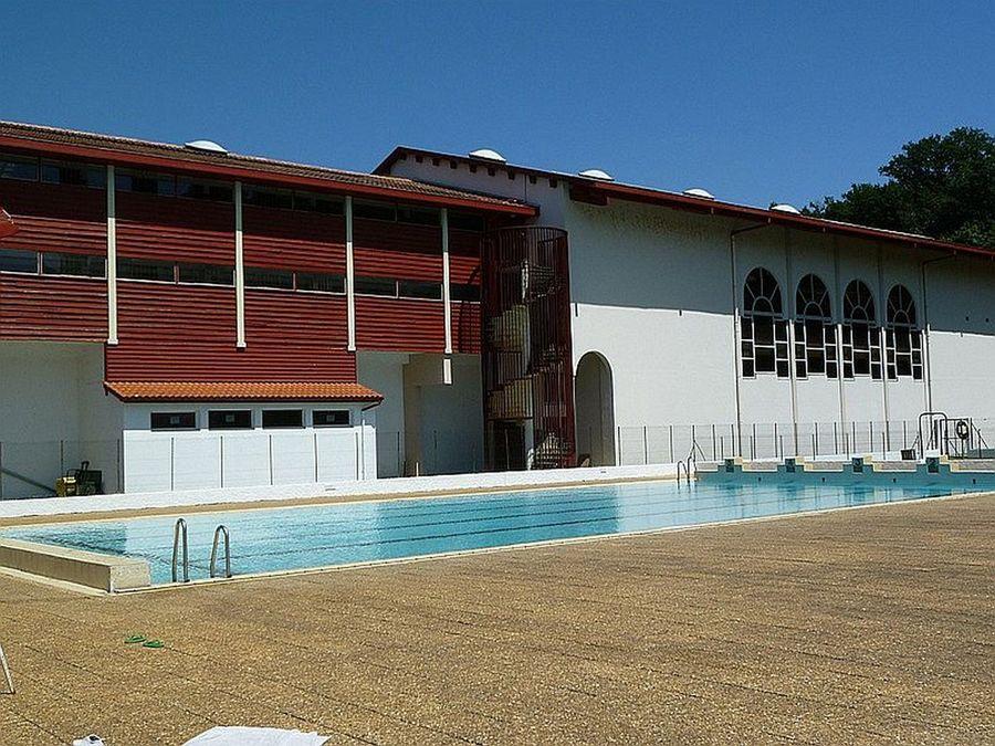 Piscine complexe sportif de baigorry for Centre sportif terrebonne piscine
