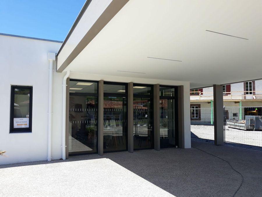 Office de tourisme communautaire de saint etienne de - Office du tourisme st jean pied de port ...