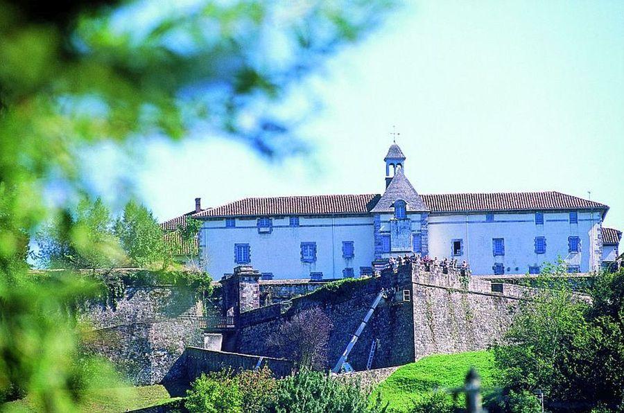 Citadelle de saint jean pied de port - Residence port saint jacques la bernerie en retz ...